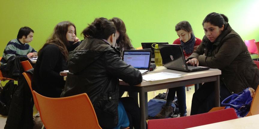 Kelluwen capacita a docentes en la planificación de didácticas colaborativas Web 2.0
